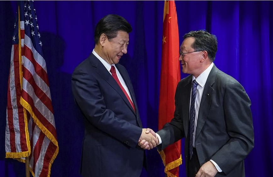 President Xi Jinping with Committee of 100 member John Chen